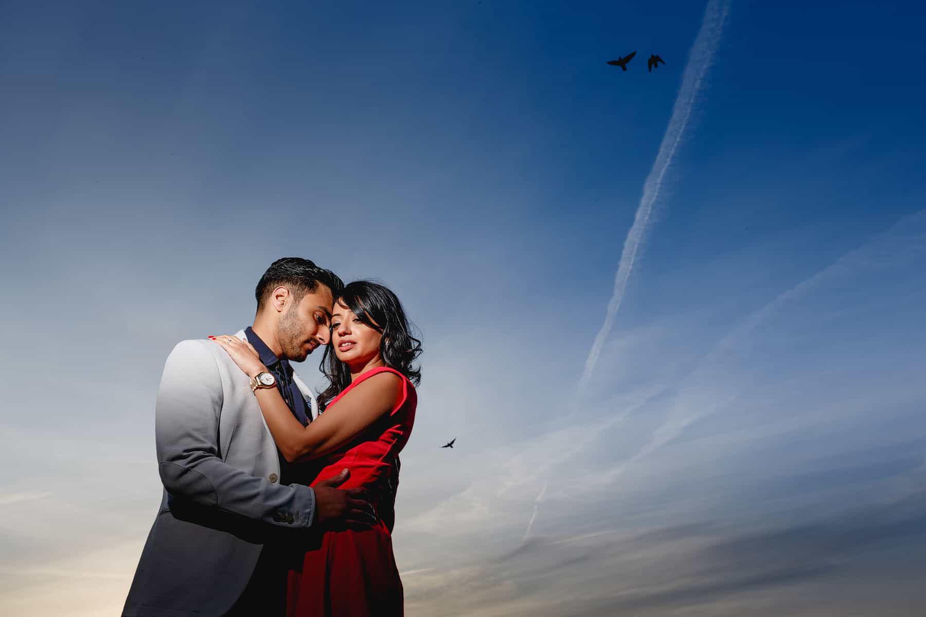 creative hyde park pre wedding shoot