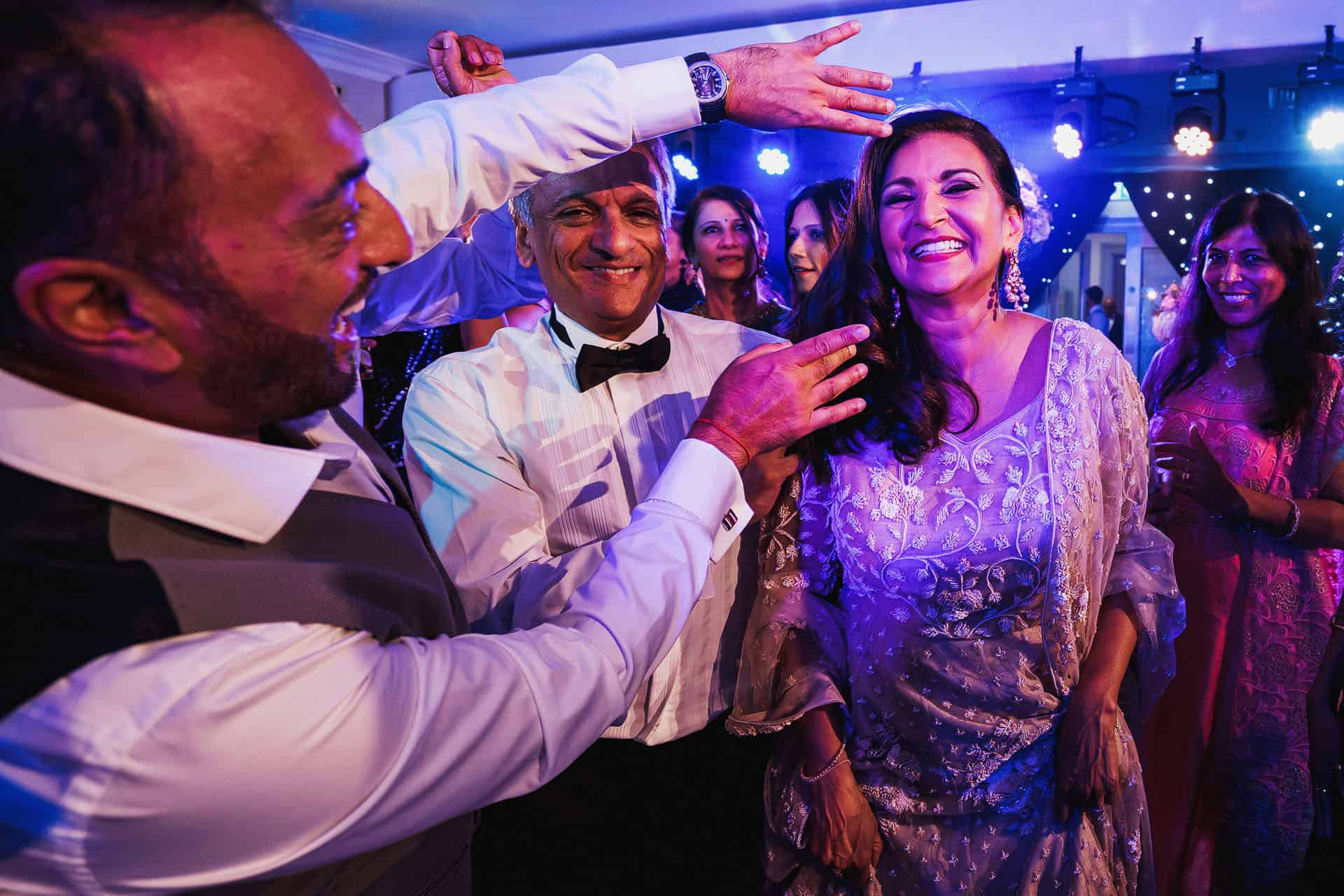 devere wokefield asian wedding photos
