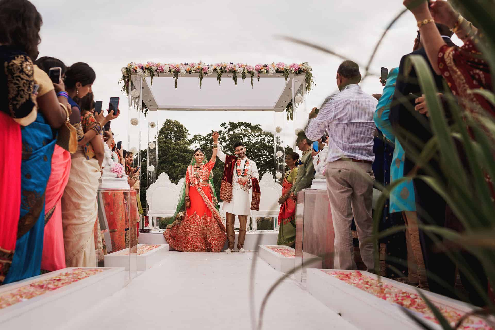 quendon parklands outdoor wedding 1
