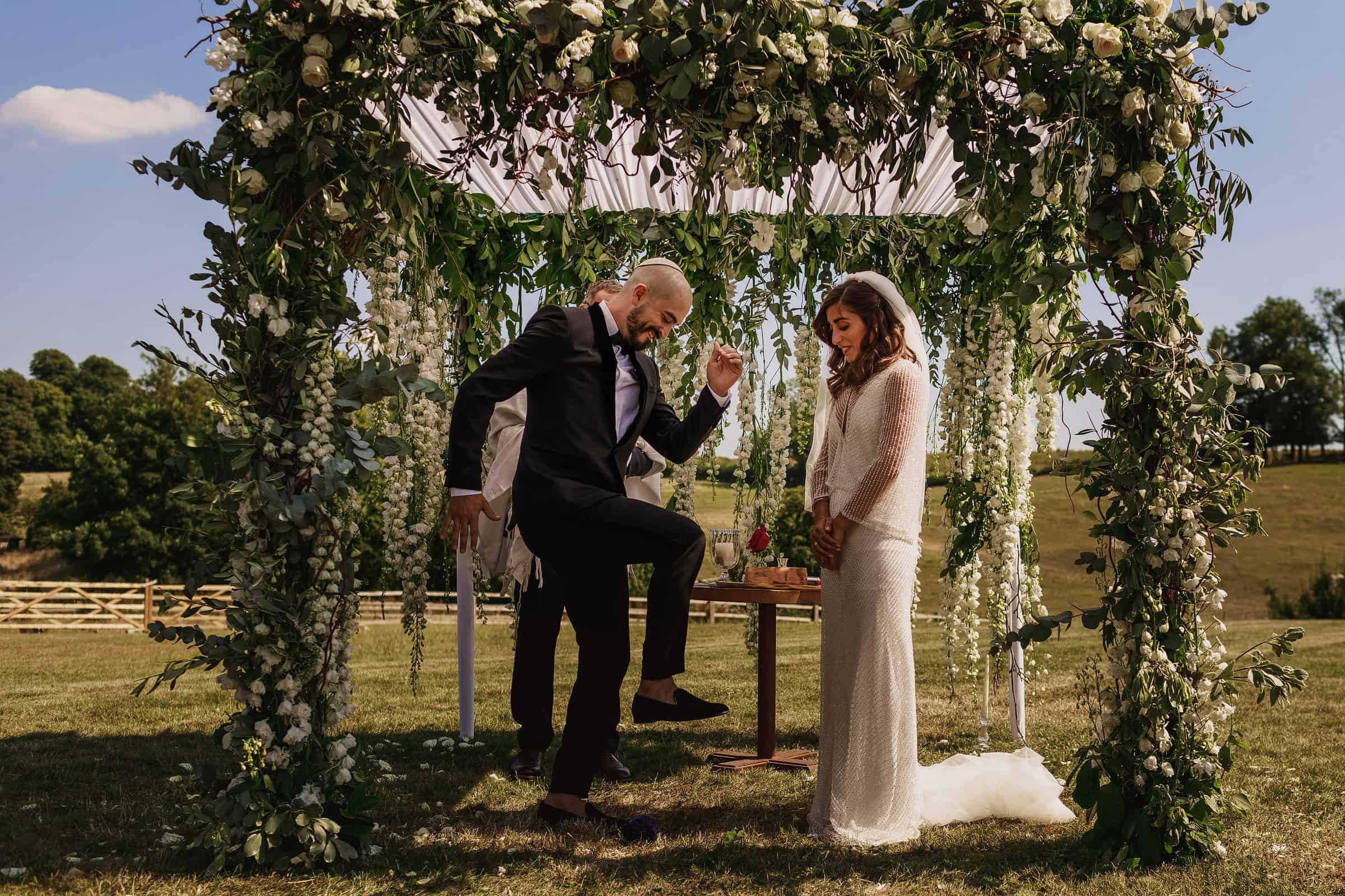 euridge manor cotswolds wedding